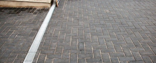 Lancaster Blockpaving in Chequers Avenue with Drainage