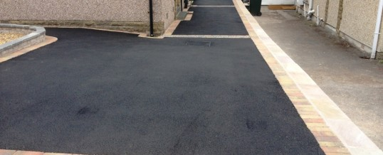 Picture Frame Tarmac With Autumn Mix Borders – School Lane Heysham